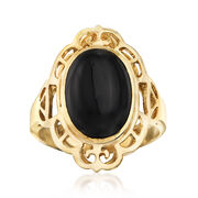C. 1980 Vintage Black Onyx Oval Ring in 14kt Yellow Gold. Size 7.5